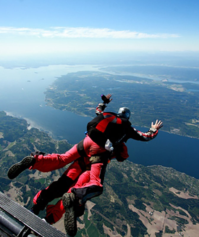 Tandem Skydive from Helicopter in Norway