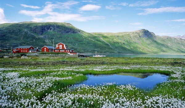 Helicopter Charter sightseeing Norway Eidsbugarden