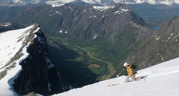 Helikoptertur over Trollveggen Trollstigen