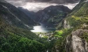 Helikopter tur og Sightseeing Geiranger og Ørneveien