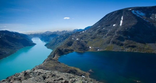 Helicopter tours Sightseeing Norway Besseggen