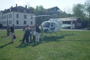 Utdrikningslag med helikopter Taxi til Oscarsborg Festning