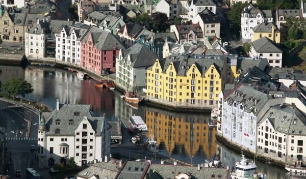 Ålesund Helicopter tour Sightseeing