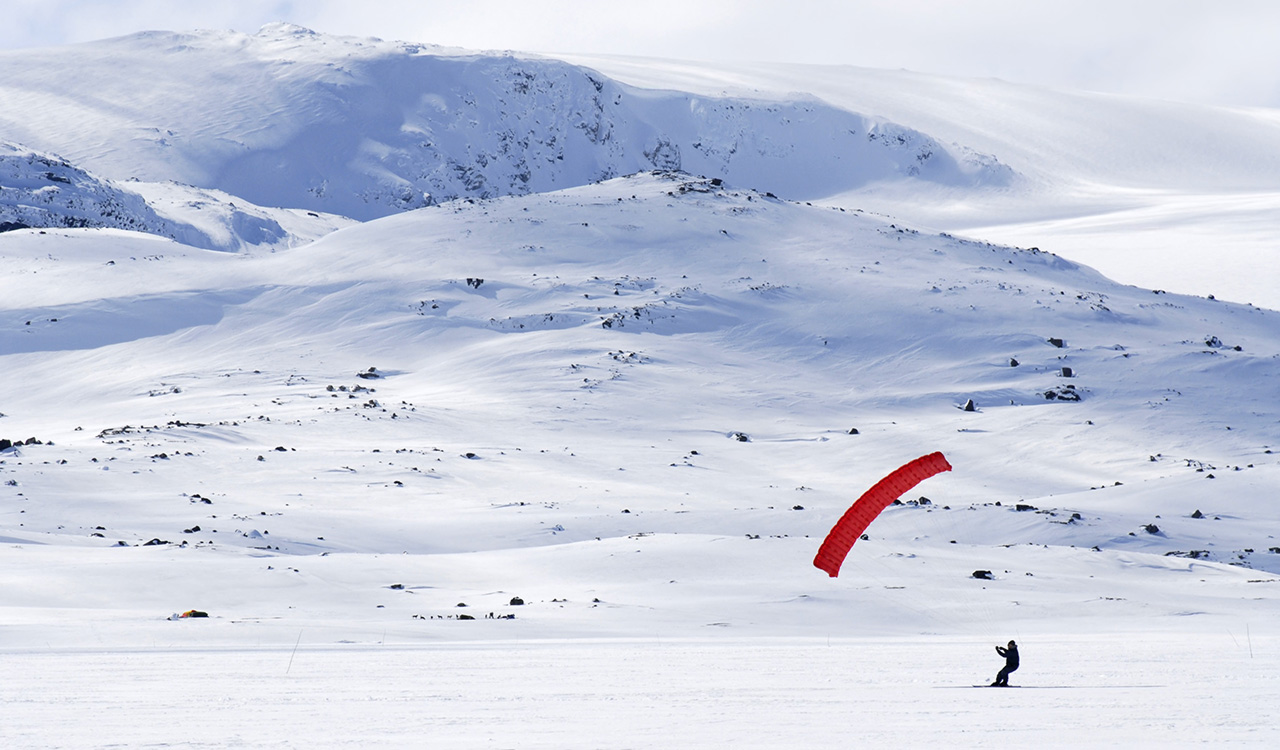 Helicopter Charter Sightseeing Norway Finse Skikiting