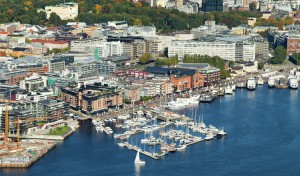 Helikoptertur over Aker Brygge i Oslo