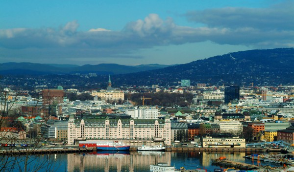 Helicopter rental and Tours over Oslo Norway