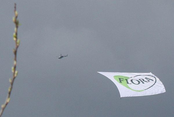 Helikopter Banner Reklame Slep